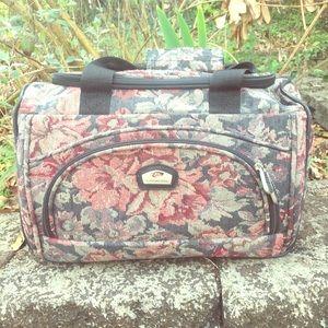 RARE Gloria Vanderbilt Vintage Tapestry Bag